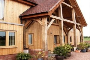 1414396440_siberian-larch-channel-cladding-house_1